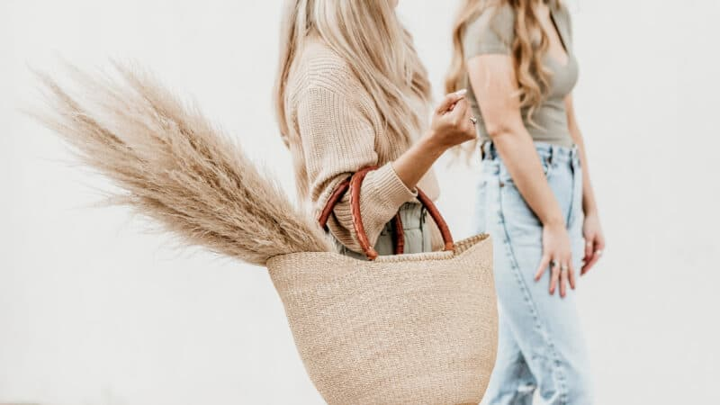 10 Honest Reasons to Let Go of a Friend