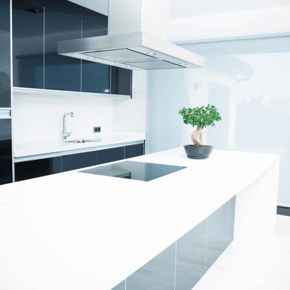 20 Minimalist Kitchen Essentials Every Minimalist Needs