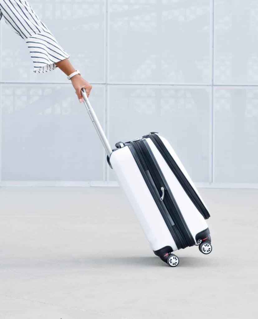 traveling minimalist